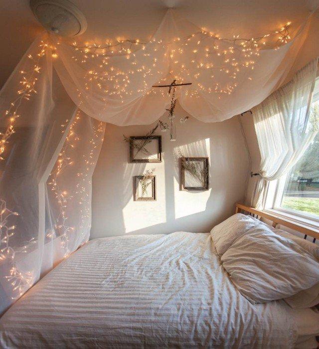dc3a9coration-unique-guirlandes-lumineuses-chambre-blanche